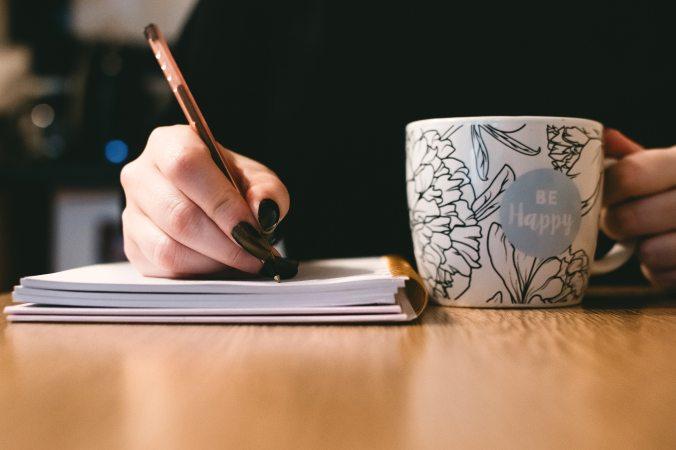 blurred-background-ceramic-ceramic-cup-851213.jpg